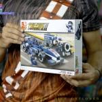 M38-B0351 ของเล่นตัวต่อรถแข่ง F1 Formula Car สีน้ำเงินและทีมช่าง