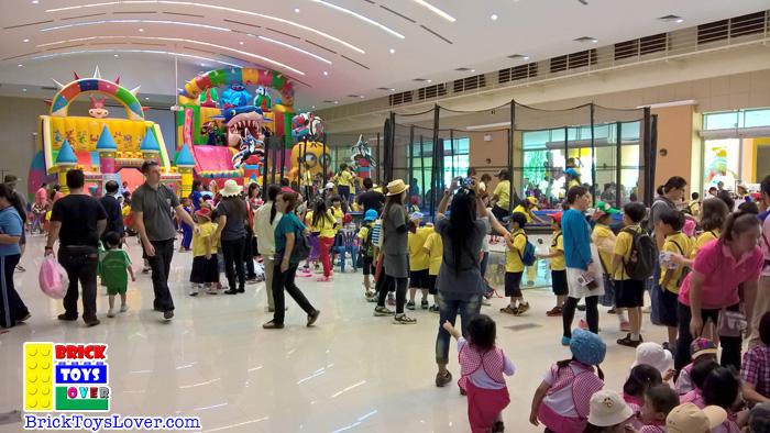 ลานกิจกรรม Indoor Kid's World 9 – 13 กันยายน 2558 ของเล่น ตัวต่อ เลโก้จีน ราคาถูก เชียงใหม่ www.bricktoyslover.
