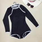 ชุดว่ายน้ำแขนยาวสีดำล้วนขลิบขาว